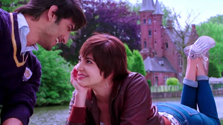 Sushant and Anushka in Chaar kadam Video Song from PK