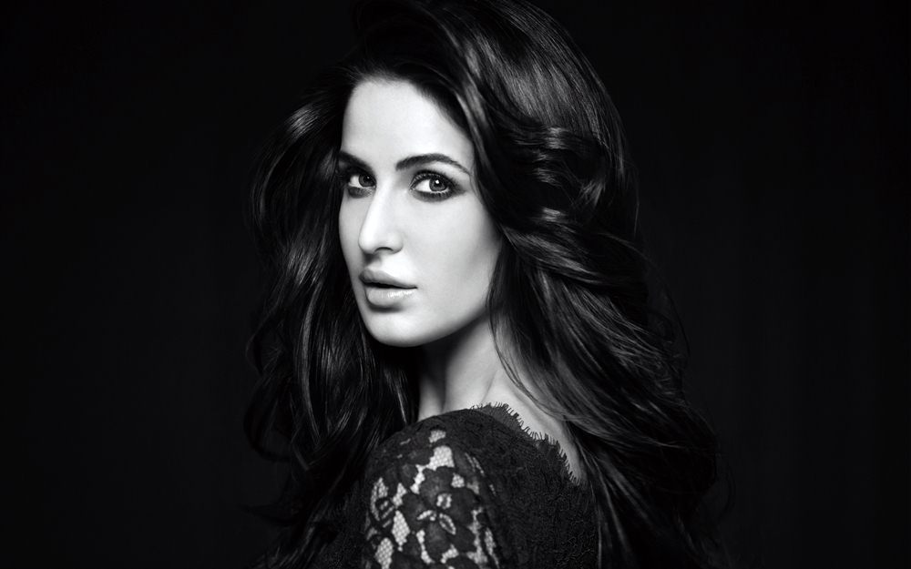10 Richest Bollywood Celebrities | Don't Envy The Rich, Just Be One!- Katrina