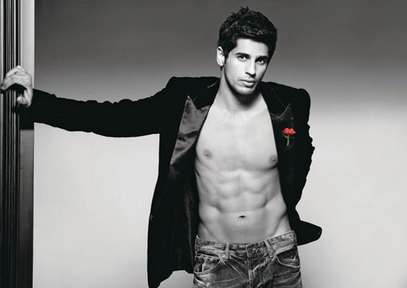 15 Hot Pics of Sidharth Malhotra that justify his hotness to some level- Sid six pack